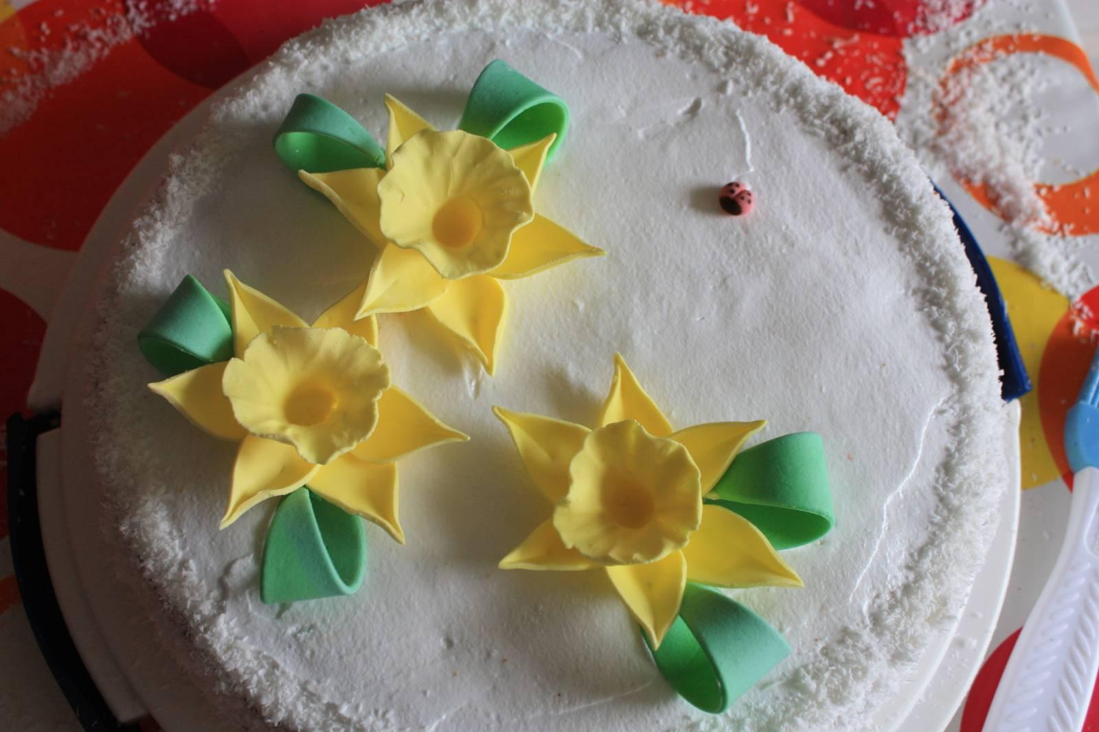 Цветы из крема для торта своими руками 97